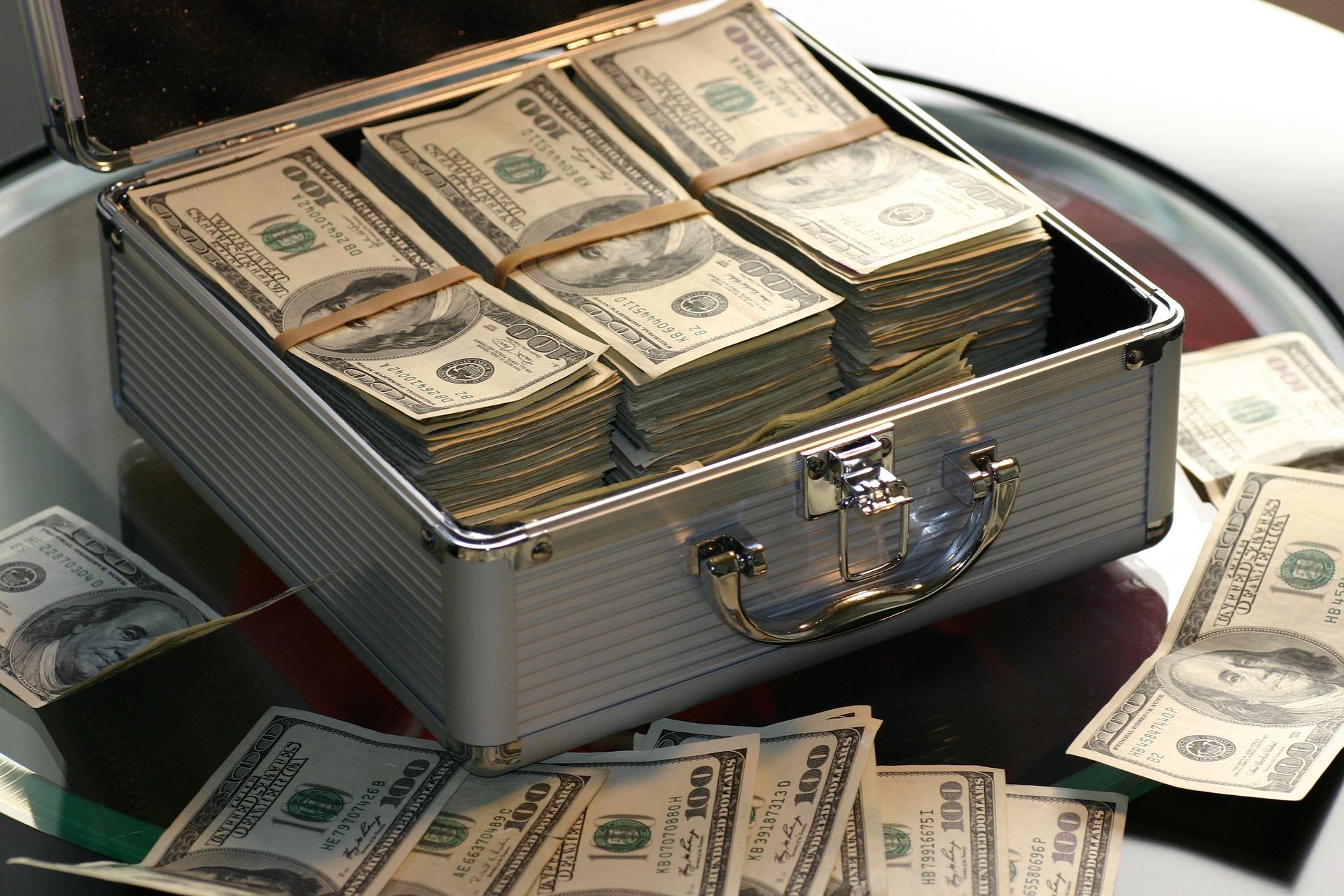 Senate Bill Would Boost Community Bank Access To Capital